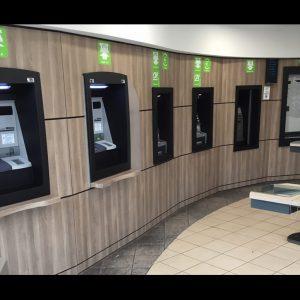 renovation de plusieurs guichets de banque par revêtement placage bois